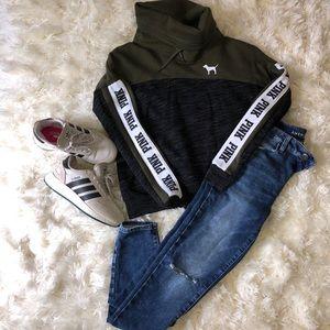 Like-new PINK sweatshirt